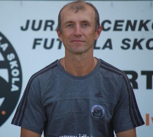 Intervija ar ilgadēju Latvijas nacionālās izlases spēlētāju Artūru Zakreševski